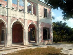 haunted house of Harbour Island Bahamas